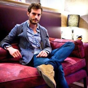 Jamie sitting down<3