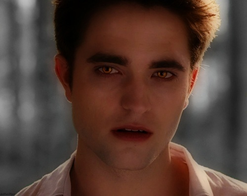 my smooth faced vampire babe<3