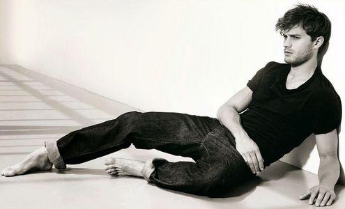 Jamie in jeans<3