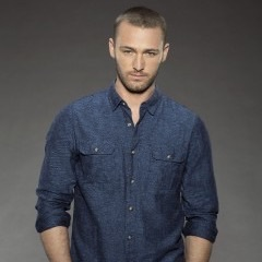 Jake McLaughlin from my new fave show,Quantico<3