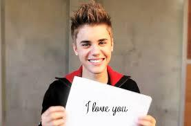 OMG I WOULD LOVE TO MEET JB SO MUCH HE IS MY FAVE SINGER !!!! #LOVE HIM   :) HE IS sooooooooooooooo amazing and plus  youu gotta luv him    cuz I dooo