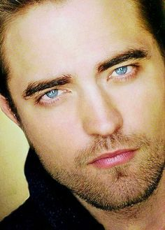 upendo his sapphire blue eyes<3