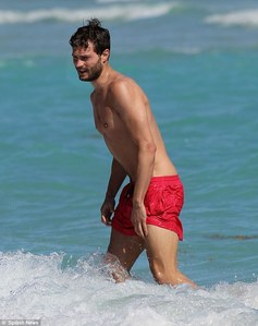 Jamie in red shorts<3