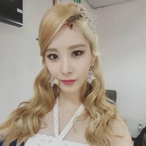 4 me: 1.seohyun 2.sooyoung 3.taeyeon 4.yuri 5.yoona 6.hyoyeon 7.sunny 8.tiffany