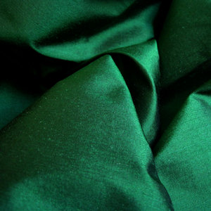 Green. zumaridi, zamaradi green, specifically. Maybe I ought to wear green zaidi often, I've heard it helps calm anxiety.