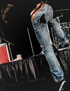 Padalecki's long legs :)