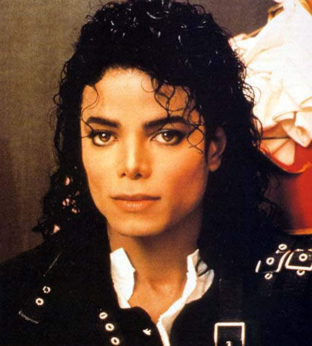 I postato this one.. but he's gorgeous is 90s as well!!! He's stunning all the time, in every pic!!! ♥