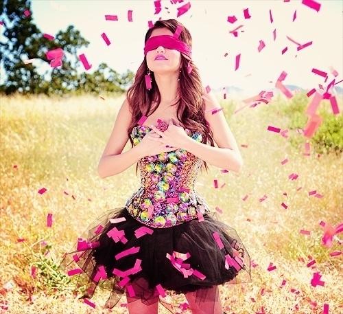 Mine 1.http://www.gotceleb.com/wp-content/uploads/celebrities/selena-gomez/love-you-like-a-love-song-new-stills/Selena%20Gomez%20-%20Love%20You%20Like%20A%20Love%20Song%20New%20Stills-02.jpg 2.https://45.media.tumblr.com/tumblr_losy0wFRPe1r0rqj9o1_500.gif 3.http://www.gotceleb.com/wp-content/uploads/celebrities/selena-gomez/on-the-set-of-her-new-music-video-love-you-like-a-love-song/selena-gomez-on-the-set-of-her-new-music-video-love-you-like-a-love-song-15.jpg