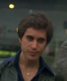 Joey looking slight blurred <333333