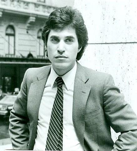 Joey wearing a tie <3333333