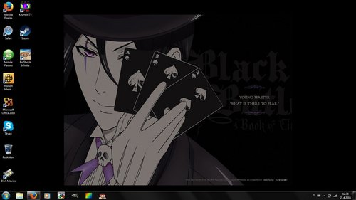 me and my brother share the computer :P, but I chose da background