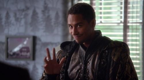 10.Charming 9.Robin ڈاکو, ہڈ (Tom Ellis version) 8.Frederick/Jim 7.Percival 6.Hook 5.Mr.Gold 4.Keith/Sheriff of Nottingham 3.Prince Phillip 2.Graham 1.Merlin