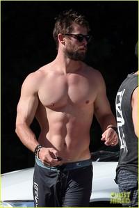 Chris's Thor licious body