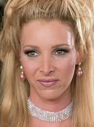 Lisa Kudrow with a cool hair style :)
