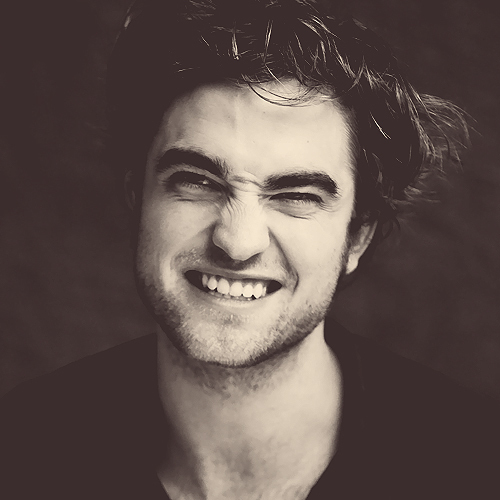 my adorable Rob Показ teeth<3