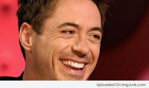 Tony Stark(aka RDJ)