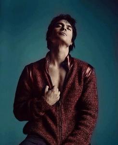 Ian in a red 재킷, 자 켓