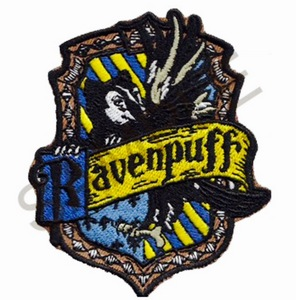 I'm a RavenPuff no doubt about it. Here is how I do my house: If I am thêm Ravenclaw then, say, Griffendor, then I'm a RavenDor. If I'm thêm Griffendor then Ravenclaw, then I'm a Griffenclaw. Im a bit thêm Ravenclaw then Hufflepuff, so that's why I'm a RavenPuff.