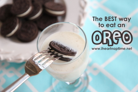 I didn't read all of the comments, but the way I personally do it is... I take a fork, put it in the middle of the Oreo, and then I dunk it into a glass of milk, and then eat it. Not messy and it tastes delicious! Here's a picture: