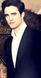 he's ALWAYS stunning in my eyes<3