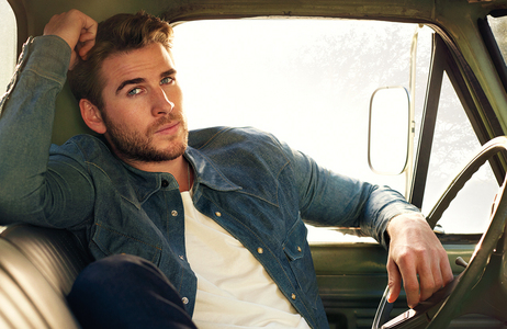 Chris's younger brother,Liam Hemsworth