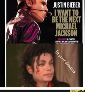 Mike because he has Mehr talent and looked better than JB oder should I say biber 😋 . Also watch a Musik video between them and Du would faint for Michael before biber 😋 at least I would any Tag of the week. No JB on my watch if I have children.