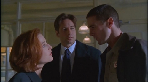 The x files episode Bad Blood. There are pleanty of other funny epsiodes but this one made me laugh the most.