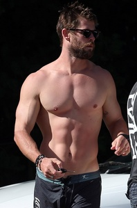 my Aussie shirtless hottie,Chris Hemsworth<3