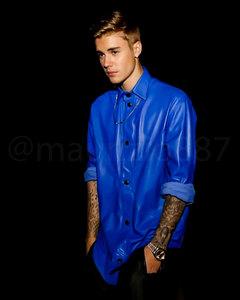 JB in a blue شرٹ, قمیض