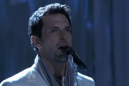 What I wouldn't give to have Chris Mann's গান গাওয়া voice. He's the best male vocalist I've ever heard! (And I've listened to some pretty incredible male vocalists, like Josh Groban and Peabo Bryson)
