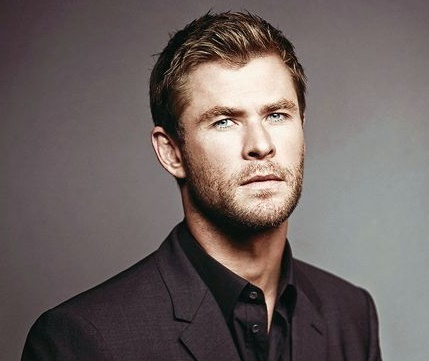 Thor looking gorg with stubble<3