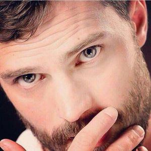 Jamie's striking eyes<3
