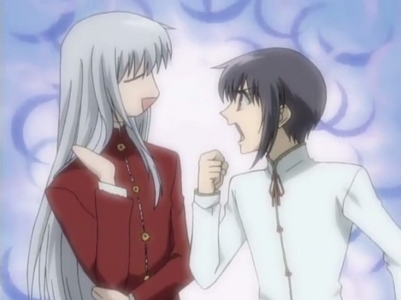 The first brother pair I ever saw in an anime: Ayame Sohma (Older) and Yuki Sohma (Younger) from Fruits Basket. (Who cares if this anime has pretty much been forgotten I still upendo it)