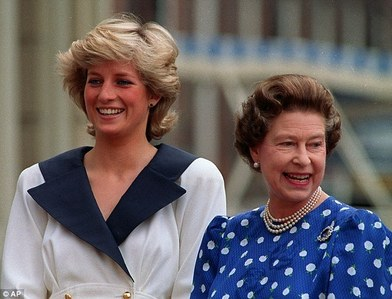 I don't think the Queen has hated Lady Di, her daughter-in-law at all.It was something else instead.The Queen was convinced that Lady Di was responsible for a divorce from Prince Charles.The Queen is well-known for her strong moral principles.Only recently the Queen has aproved of a marriage between her son,Prince Charles, & his longtime mistress Camilla.However,the Queen has stated she should remain a Duchess even after the coronation of Prince Charles. That means that Camilla would never become our future Queen, not only because she's an American but mainly because she is a divorceé.Prince William's wife Kate however is in Her Majesty's favour so she would become the Queen someday,although a commoner.Late Lady Di was just a substitute wife to Prince Charles for it was Camilla that he should marry, not Diana,in the first place,yet the Queen has objected their relationship for decades! Believe me,the Queen didn't hated Lady Di,it was meer of a disagreement between the two on a concept of motherhood & a concept of fidelity.