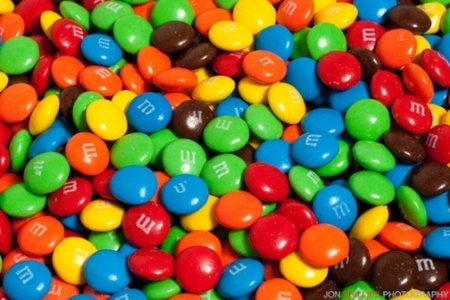 I like M & M's way আরো because I প্রণয় chocolate. I only like the red and purple flavors of Skittles, I don't eat them very much.