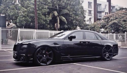 Rolls Royce Ghost lmao.