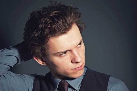 Tom Holland...who plays 蜘蛛 Man in Avengers Infinity War