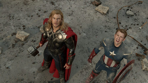 2 handsome Avengers,both named Chris,looking up at the sky
