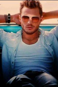 Chris Hemsworth Robert Pattinson Theo James Paul Walker Jamie Dornan