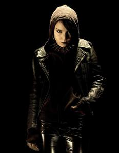 Either Regina Mills or Lisbeth Salander's. Selene from sa ilalim ng daigdig also comes to mind. Honestly Edward Scissorhand's too.