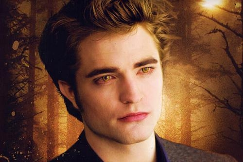 Robert in his Twilight/Edward phase<3