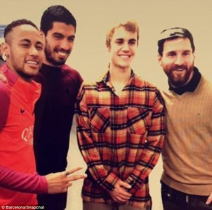 Justin with Neymar , Luis Suarez and Lionel Messi !