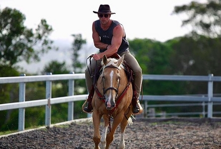 hot Aussie in the saddle<3