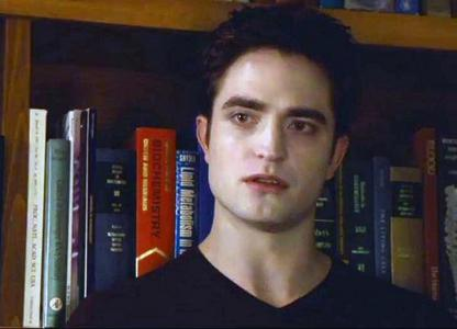my sexy,fave vampire Edward Cullen(played par my fave British babe Robert Pattinson) looking worried