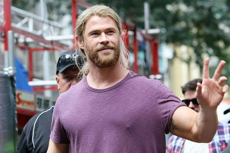 God of Thunder in purple<3