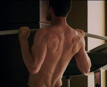 Jamie's sexy back...yummy!!!!!!!!!!