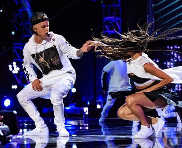 Justin is an incredible dancer ! Comes to him natural 😁