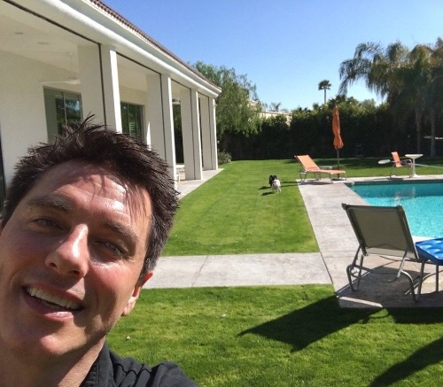 John playing ball with Jack in his inicial in Palm Springs !