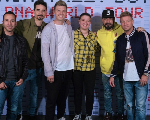 I can die happily ! I'm so grateful to have met the boys on Friday :')