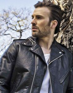 hot guys in leather are such a turn on!!!